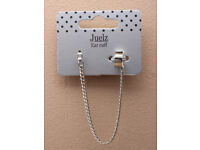 Silver coloured Ear cuff with crystal stud and cascaiding chains. - JTY276