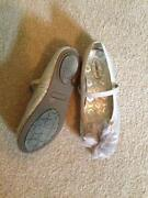 Girls Shoes Size 2