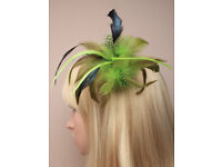Green Feather fascinator on a forked clip with brooch pin.- JTY391