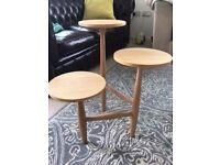 Piece of Art - Oak Tripod Pedestal Table in Mint Condition