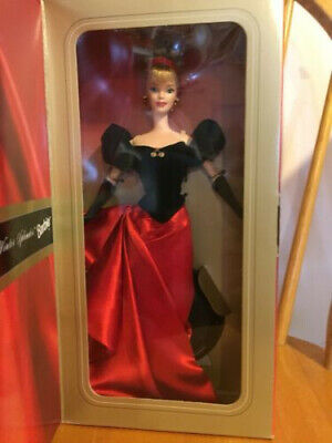 1998 Winter Splendor Barbie Earrings-Gloves-Shoes-Brush-Stand Avon Exclusive