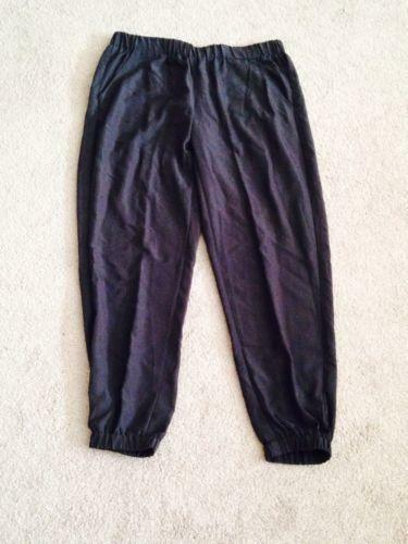 Like many fashions in the 80s, parachute pants were unisex. Girls (like those in the picture above) were as likely to wear parachute pants during the 80s (I did in the 7th grade! — charcoal gray and so cool for stylin' at the skating rink) as boys.
