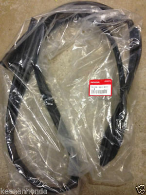 Genuine Honda Civic 2dr 3dr Drivers Door Runchannel Weatherstrip 72275-S03-G01