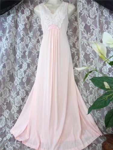 Vintage Nightgown  76c4b75b5