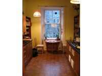 Clean, spacious 2x double bed flat available in Marchmont from 25th June- 31 August