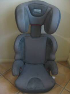 CAR BOOSTER SEAT - BABY LOVE