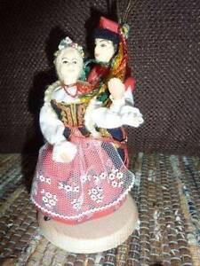 POLISH FOLK COSTUME DOLLS - GREAT COLLECTORS ITEM Canning Vale Canning Area Preview