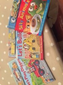 NEARLY NEW Set of 3 Magnetic Storybooks