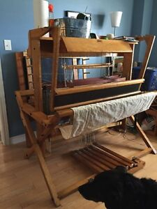 "SOLD: 45"" Counterbalance Loom, 4S 6T, made in Canada"