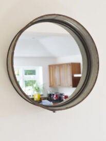Wall Mounted Round Metal Style Mirror