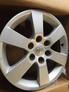 Mitsubishi Pajero 18x7 Alloy Wheel x 1 ONLY Seven Hills Blacktown Area Preview