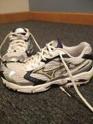 Womens Running Shoes Size 8 1/2