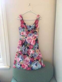 Review Dress Size 6