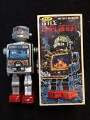 Vintage Battery Operated Toy Robot