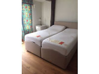 5ft King size adjustable electric bed with massage/heat function. Possible delivery