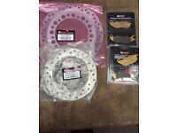 HONDA CBR125 2004 - 2010 FRONT AND REAR BRAKE DISC & PAD SET - 2006 2007 2008