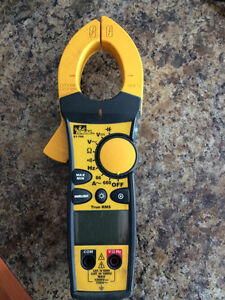 Ideal digital clamp meter,660a