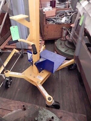 Vestil Crane Lifter-2 Portable Worksite Lift Lifter. 200 Lb Capacity. Looks N
