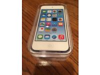 **SEALED** 32GB IPOD TOUCH 6 BRAND NEW 6TH GENERATION AND INCLUDES 1 YEAR APPLE WARRANTY. TOUCH6