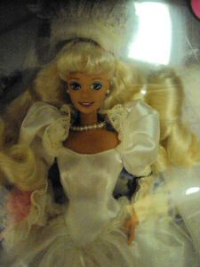 Rose Bride Barbie  COLLECTABLE   MINT CONDITION