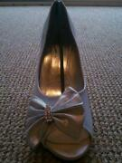 Ladies Shoes Size 7.5