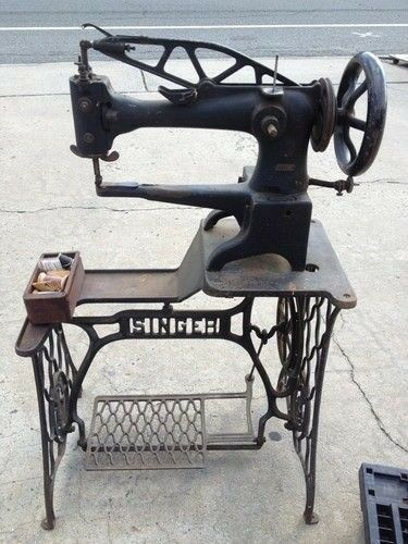 Industrial Singer 40k Sewing Machine With Treddle Table Leather Impressive Cobbler Sewing Machine