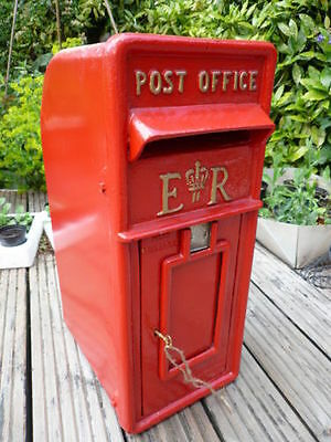 ER Royal Mail Post Box ER II Pillar Box Red Cast Iron Post Box Post Office Box