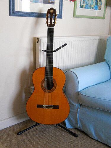 Flamenco Guitar - Alhambra 7fs