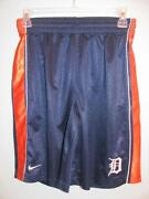 Boys Nike Shorts Large