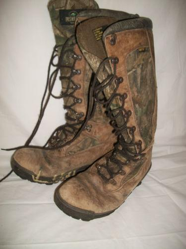 hunting snake Buy snake boots, snakeproof boots and snake hunting boots from brands like chipewa at academy free shipping on most orders over $25.