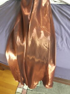 Linda Bernell Very pretty copper  color dress