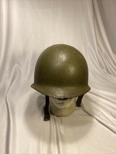 U.S M1 Helmet Shell Front Seam SB With Straps (VB1075) Collectible