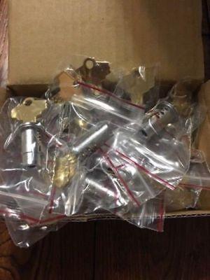1 New Gumball Machine Lock Key Oak Northwestern Eaglekomet Aa 14 Threaded