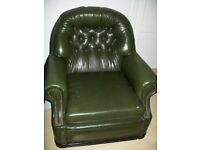 2 X LEATHER ARM CHAIRS GREEN -IN GOOD CONDITON -COLLECT ONLY