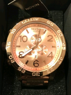 BNIB nixon 51-30 rose gold watch