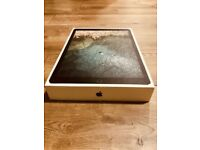 Apple 12.9-inch iPad Pro Wi-Fi 256GB - Space Grey+ Apple Pencil New in box