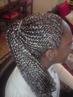 coiffeuse experimentee en tresses africaines