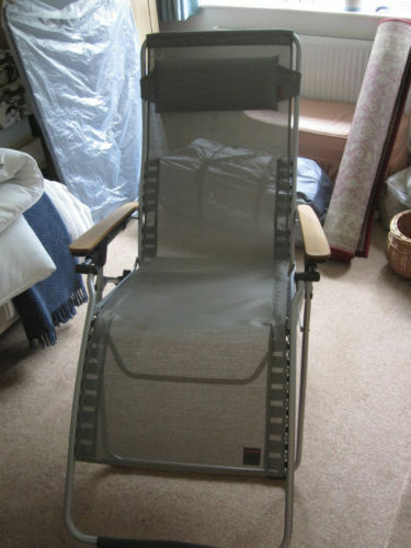 LAFUMA XL RECLINING CHAIR REFLEXOLOGY GARDEN/THERAPIST   AS NEW   EXTRA  LARGE   USER