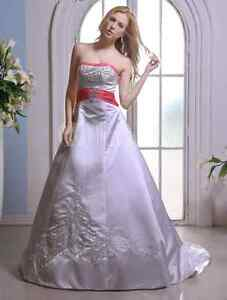 Strapless Court Train Wedding Dress With A-line beading