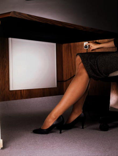 Indus-Tool # CL-R Cozy Legs Under Desk Radiant Heater / Heat