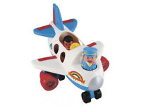 Early Learning Centre Happyland aeroplane, includes figures, plane makes noises and lights flash!