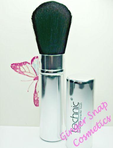 Blusher Brush Makeup Brushes: Retractable Blusher Brush