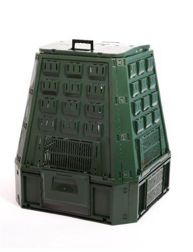 Behälter für Ihren Komposter: Metall, Kunststoff oder Holz - was ist am sinnvollsten?
