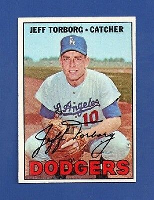 1967 Topps # 398 Jeff Torborg - Los Angeles Dodgers - NM/MT
