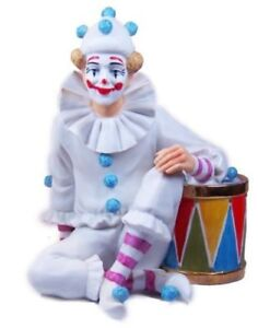 Between Acts Figurine - Royal Doulton Carnival of Clowns