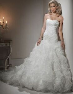 Superbe robe mariée plus de 50% rabais Maggie Sottero - Mori Lee