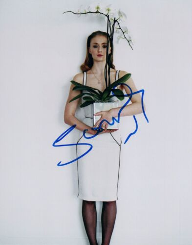 Sophie Turner Signed Autographed 8x10 Photo Game of Thrones Sansa Stark COA VD