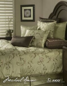 Michael Amini Queen Size Bedding Comforter and Pillows Set