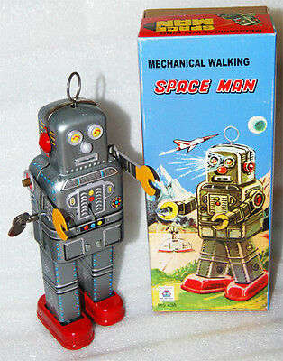 ROBOT SPACE MAN  NEW IN BOX TIN WIND UP 1950'S VINTAGE LOOK WITH VINTAGE BOX