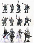 1/16 Scale Figures